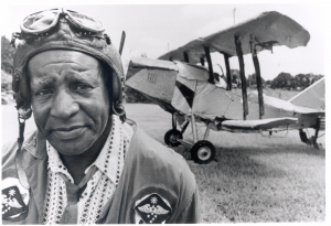 Leslie Payne and one of his airplanes